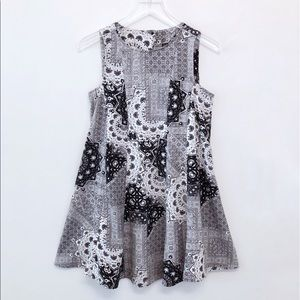 Zara   Tile Print Sleeveless Key Hole Flare Dress